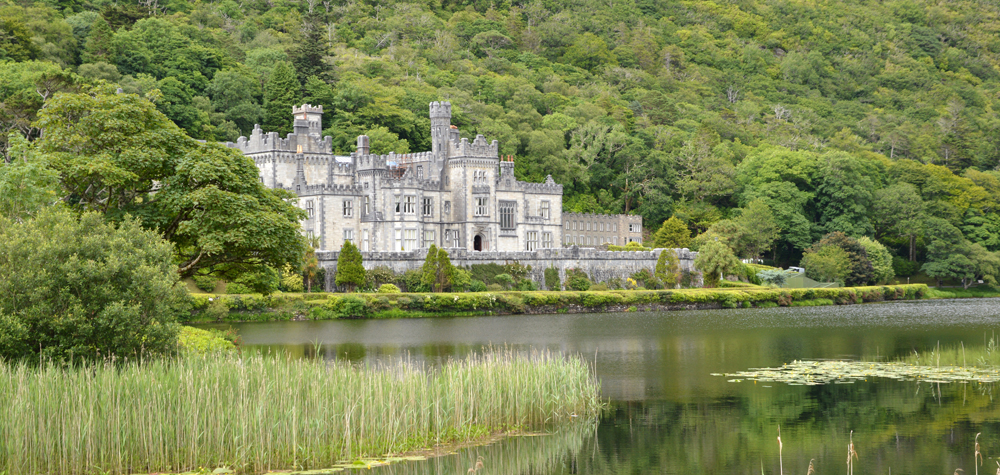Kylemore Abbey, Co Galway Bespoke and custom tours of the West Coast of Ireland O Rourke Tours
